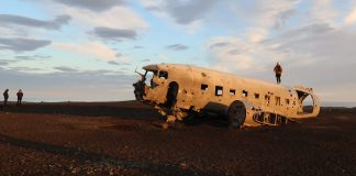 Iceland Plane Crash Photos