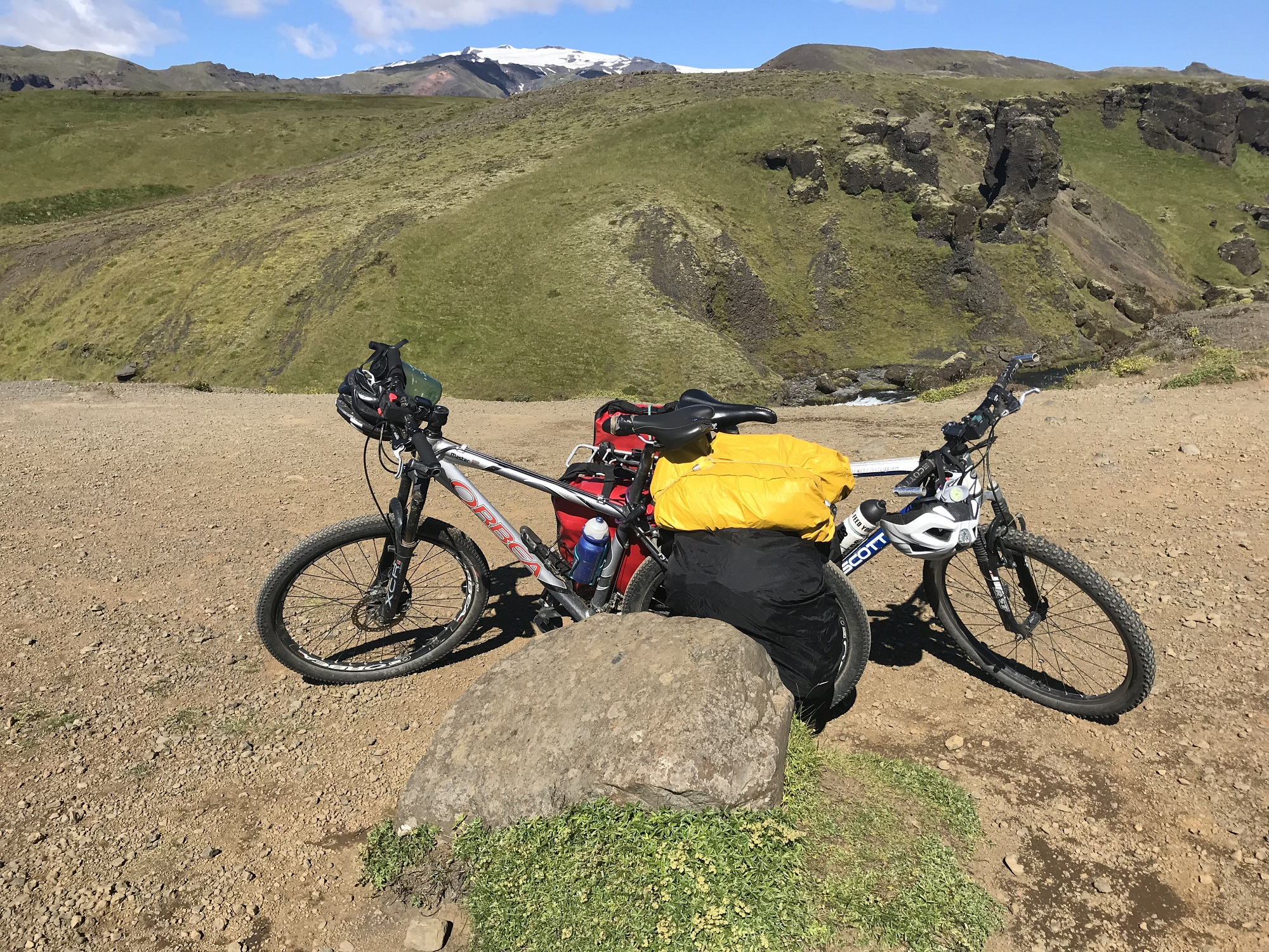 Bicycling in Iceland